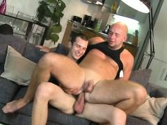 Arousing oral-job with men