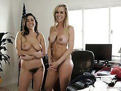 Backstage xxx video with fabulous completely naked busty Casey Calvert