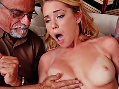 beautiful raylin Ann sucks and fucks old