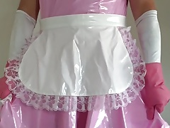 Diapered Sissy Maid in locking pants
