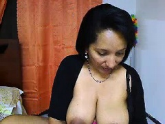 amateur alexxxcoal masturbating on live webcam
