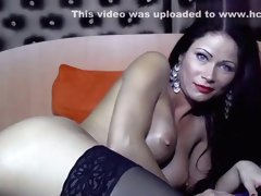 TiaRussel Fucks Herself To A Screaming Orgasm