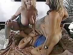 Chessie Moore, Trinity Loren - Big tits threesome retro porn