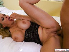 Julia Ann is a hungry MILF and when she's in charge she's absolutely adorable
