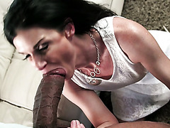 Versatile toy addicted lady India Summer blows incredibly huge black dick