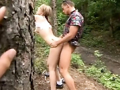 Amateur teen outdoor blowjob