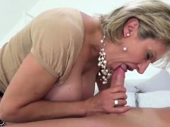 Unfaithful british mature lady sonia shows off her monster b