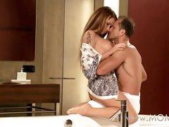 MOM Couple making love on the bathroom floor