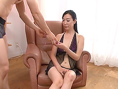 Mature Japanese Gotou Chika spreads her legs for a masturbation