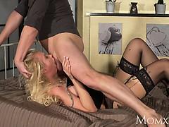 MOM Wild blonde gets the deepthroat