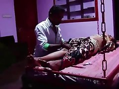 S.Indian Busty Mallu Aunty got Massage with her driver