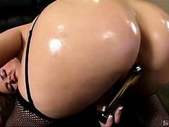 Cute bubble butt Aspen had the perfect ass. Not too big but
